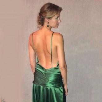 CT Girl: Mirada verde esmeralda