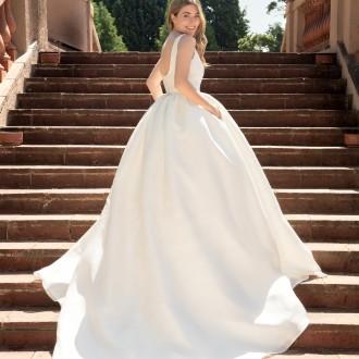 Nat Cebrián se viste de novia