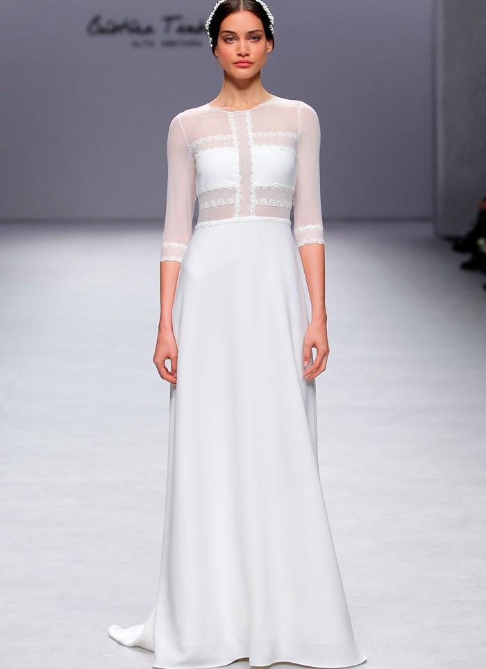 Vestido crep transparencias puntilla Cristina Tamborero
